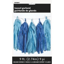 guirnalda de papel azul bebé